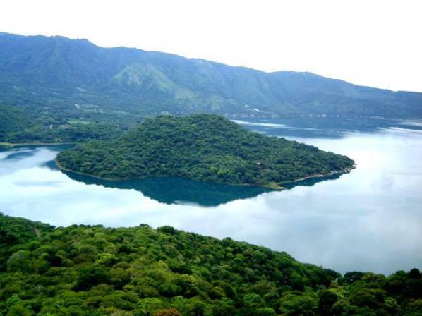 Isla Teopán, Lago de Coatepeque, Santa Ana